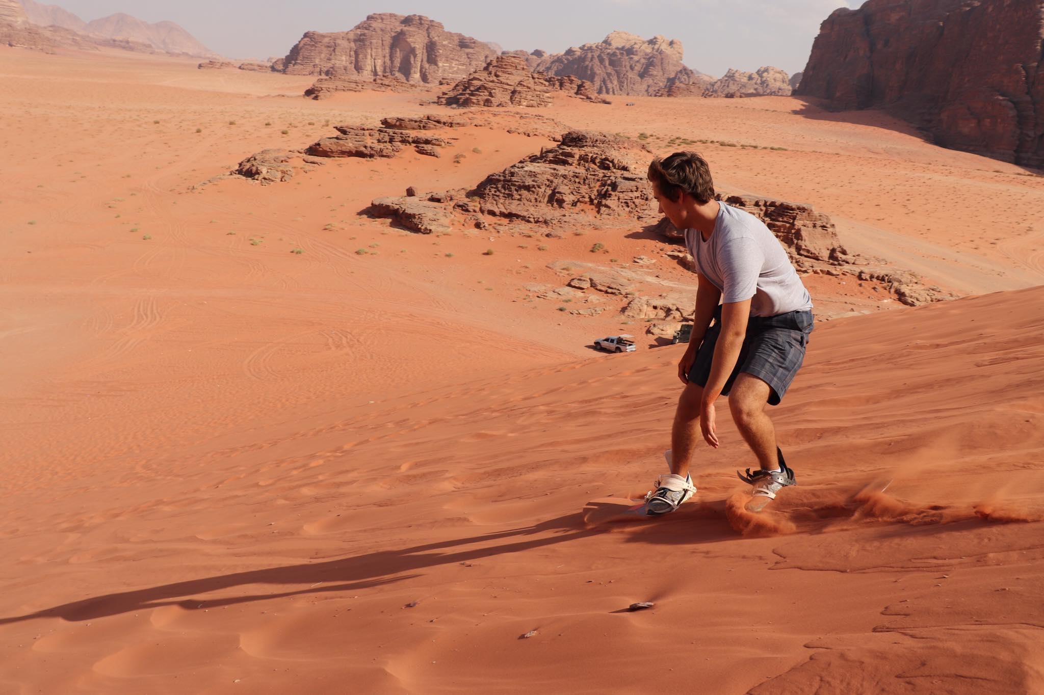 Wadi Rum – sand surfing